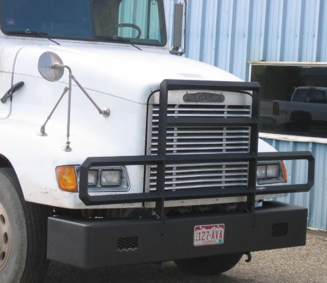 Freightliner-front-blk